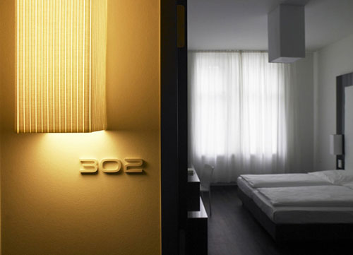 travel the pure design hotel frankfurt daily icon. Black Bedroom Furniture Sets. Home Design Ideas