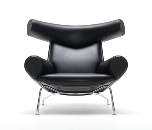 50th Anniversary Erik Jørgensen Oxchair by Hans J. Wegner black
