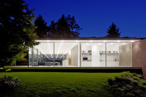 D10 house by werner sobek daily icon for Arquitectura minimalista casas
