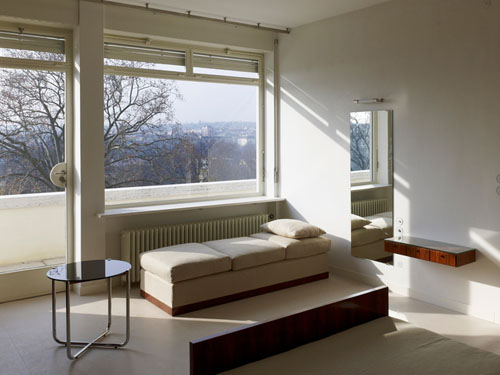 tugendhat villa by mies van der rohe restored daily icon. Black Bedroom Furniture Sets. Home Design Ideas