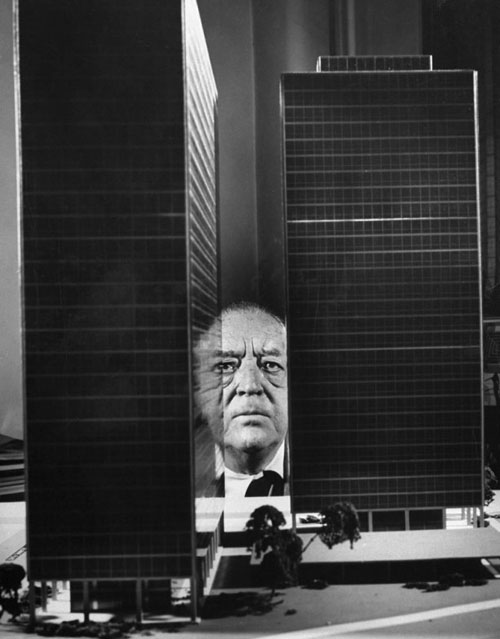photography mies van der rohe and the poetry of purpose daily icon. Black Bedroom Furniture Sets. Home Design Ideas